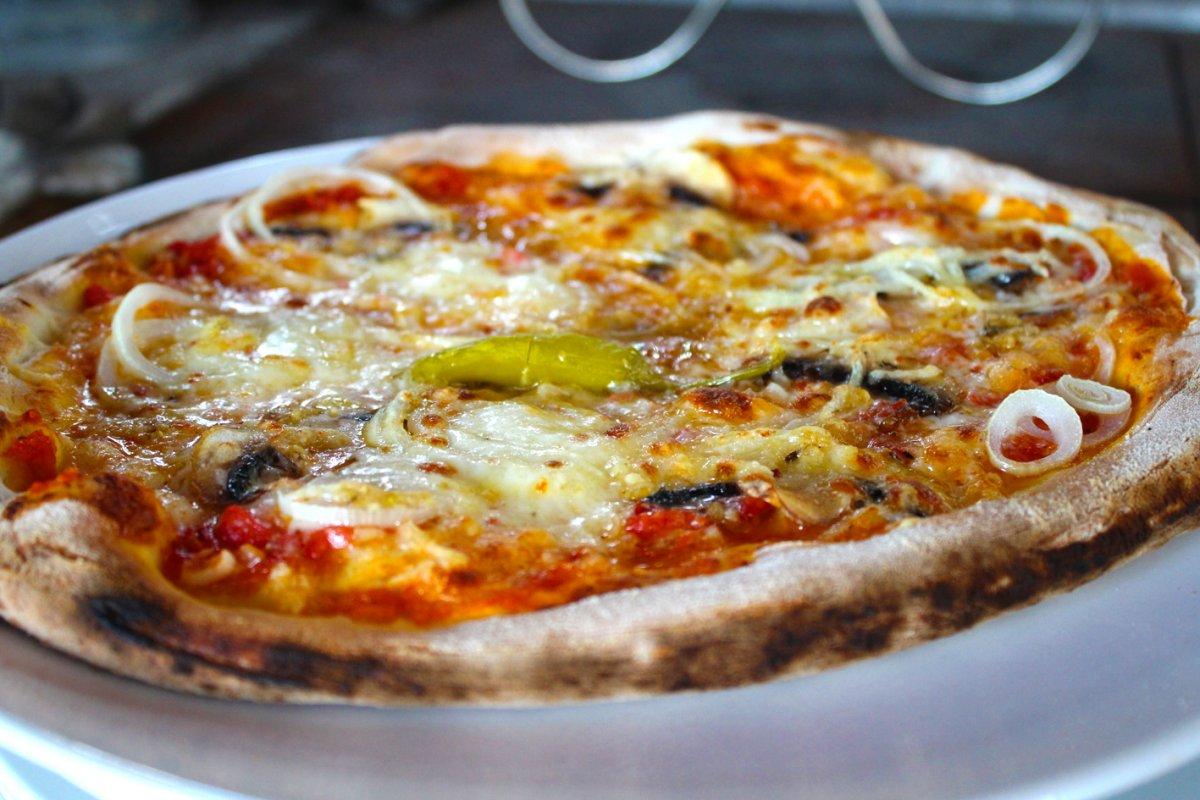Pizza aus der Ruine 34.jpg