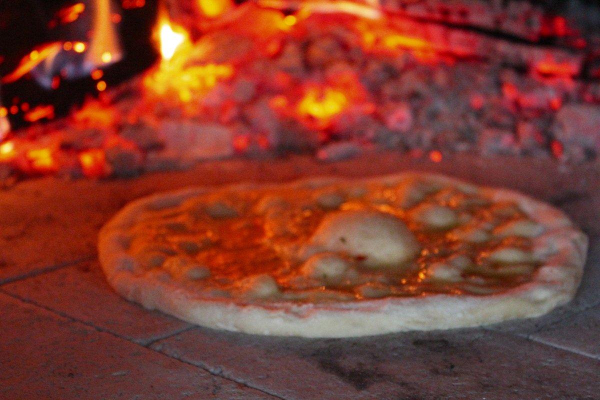 Pizza aus der Ruine 37.jpg
